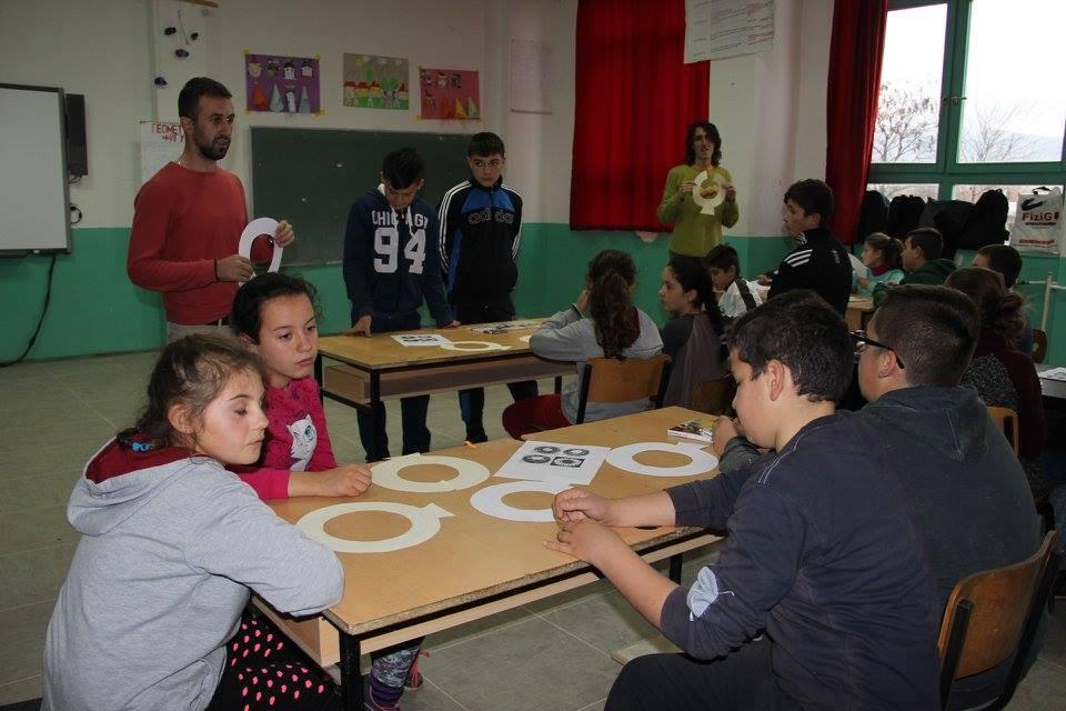 Darko Taleski in classrom enviornment