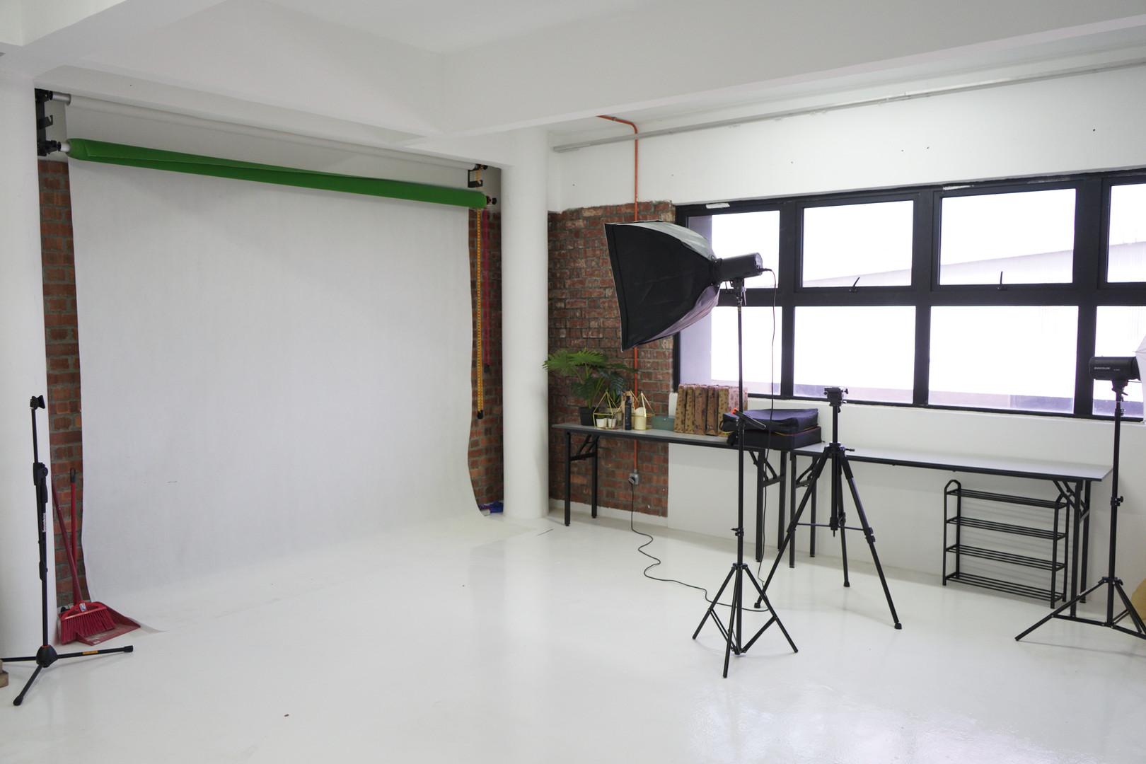 Studio Room - 2