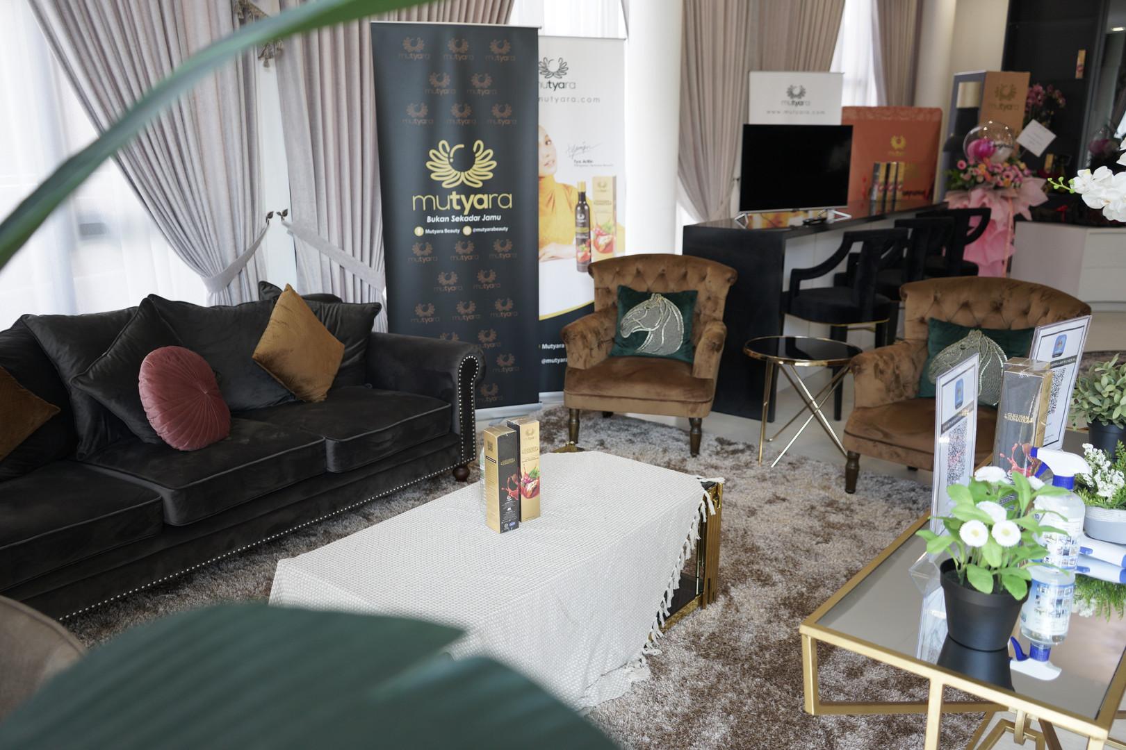 Main Hosting Area