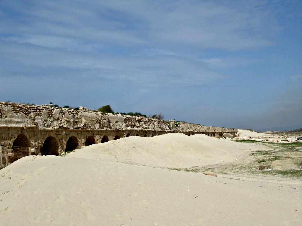 Caesarea National Park - Aqueduct (a bit outside the park)