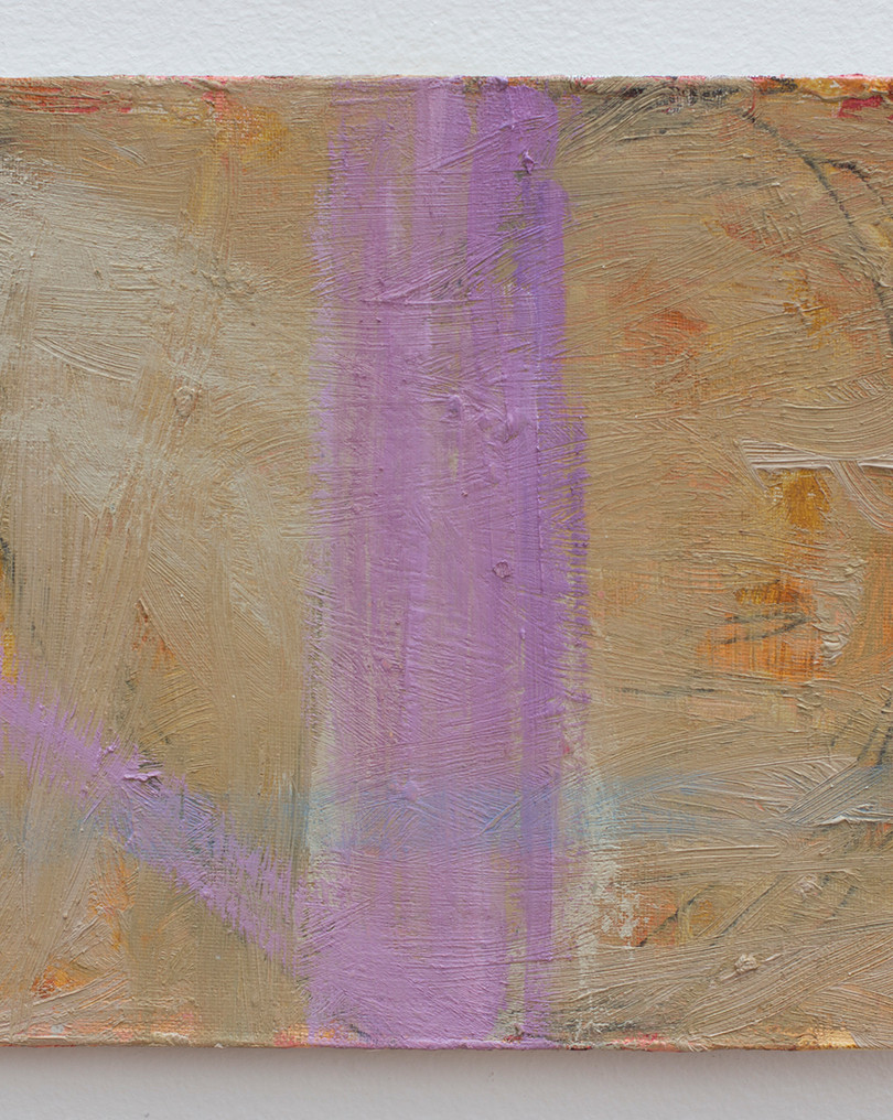 Línea_azul_sobre_línea_morada_22x27.