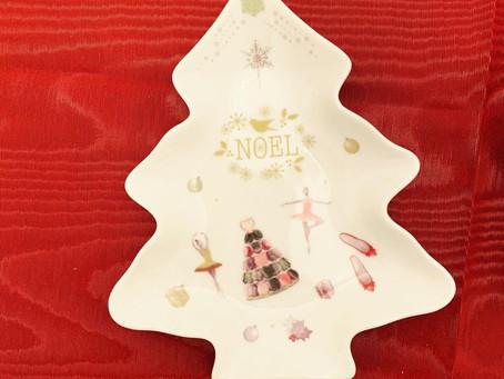 クリスマスツリー皿大人気です♡