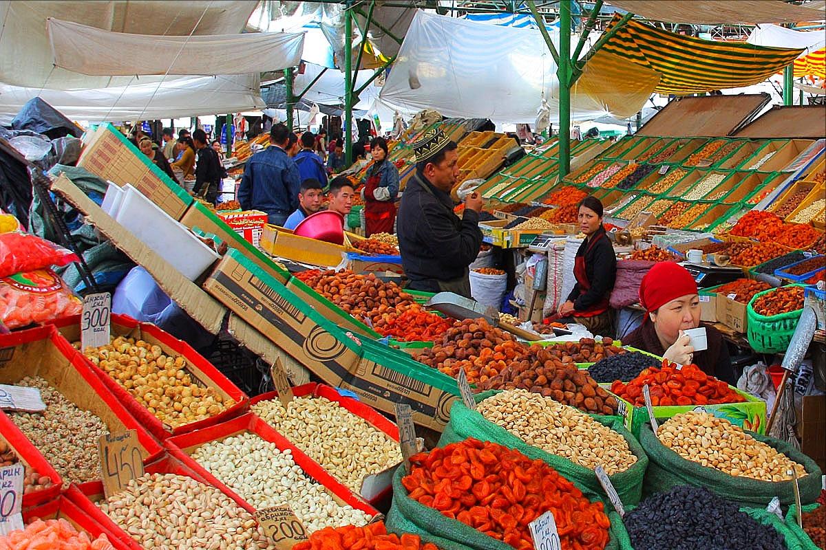ביקור בשווקים אקזוטיים