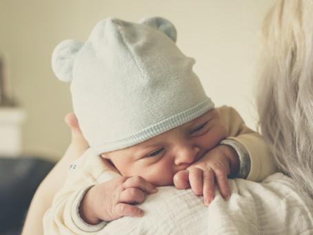 Le postnatal, les enjeux d'une période sous estimée