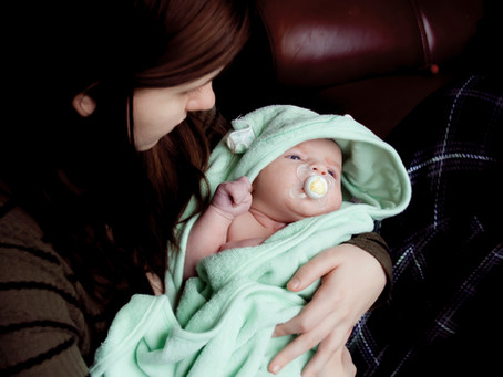 Guide de compréhension du jeune parent à l'usage de la famille et des amis