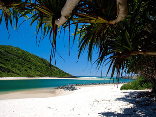 Top 12 Australian Beaches Ranked!            and which Indigenous Country they are on :)
