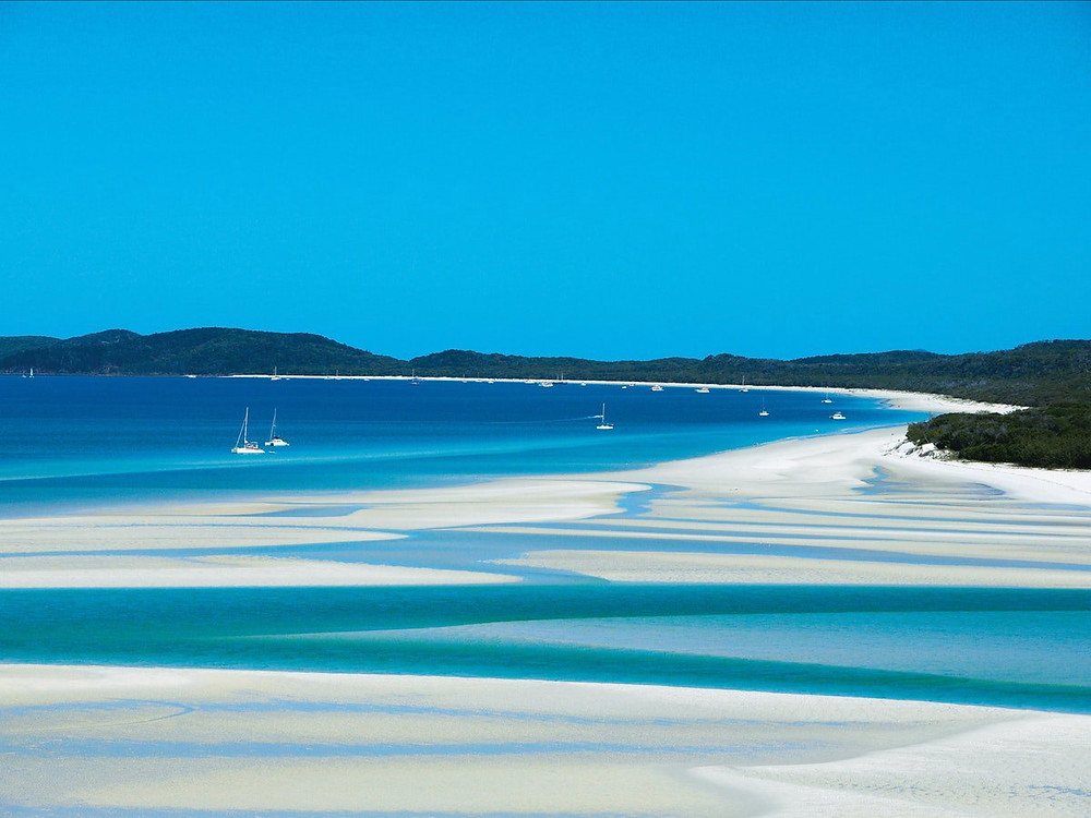 Whitehaven Beach, Qld sits on the traditional aboriginal lands known as Ngaro country