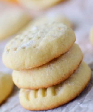 Lemon Myrtle Biscuits