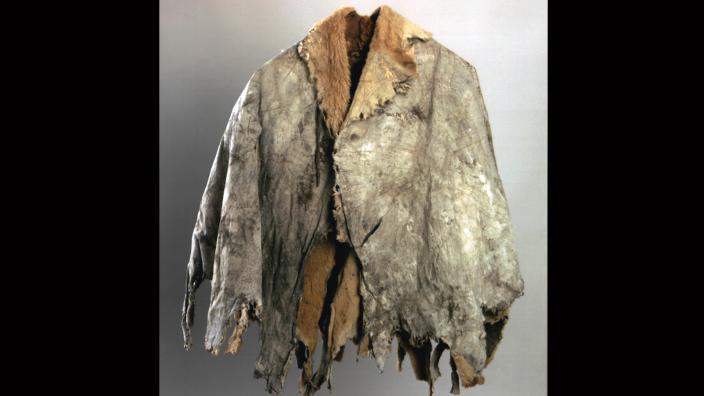 Kangaroo Cloak (booka, Buka) used by Indigenous Australians predominately in WA, Australia. Noongar people