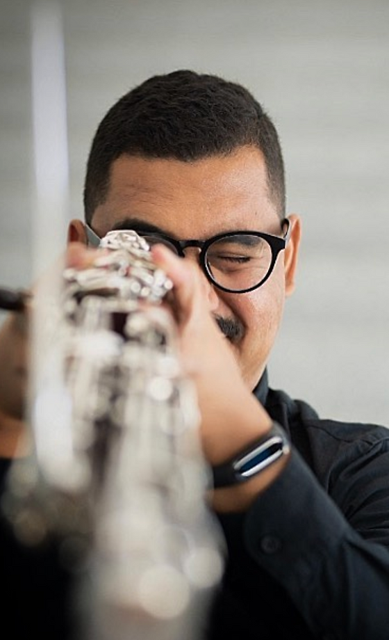 Cristian Coliver artistic bassoon.png