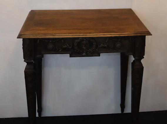 桌子2.PNG