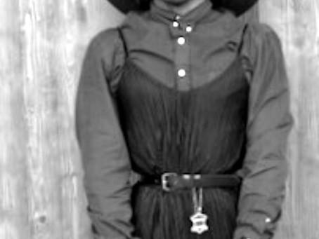 Arachnid, ?  Stories Untold   Vintage Fashion
