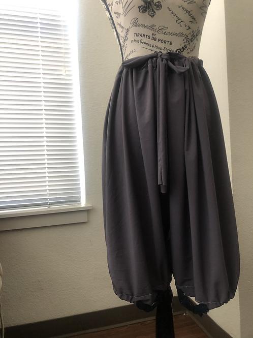 Parachute Hook Capris Pants