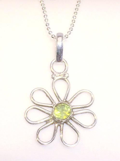 Peridot daisy pendant in sterling silver