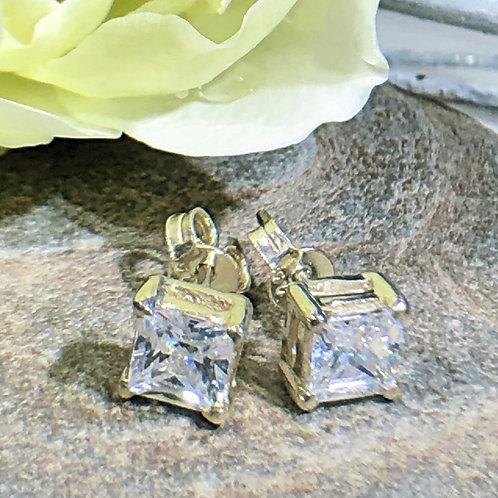 Cut stone Cubic Zircon Studs sterling silver fake diamonds