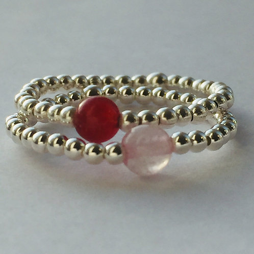 Sterling Silver stretchy bead ring. Carnelian and rose quartz