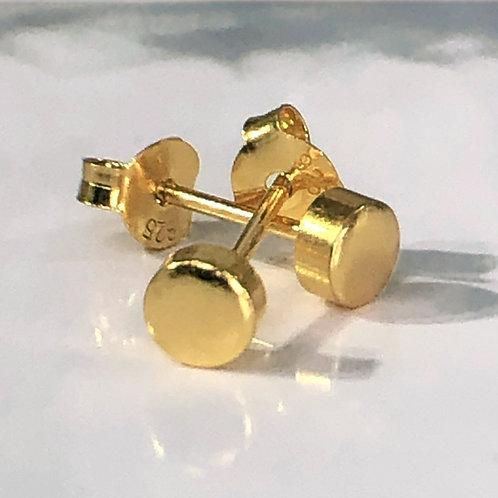 Gold vermeil full stop stud earring