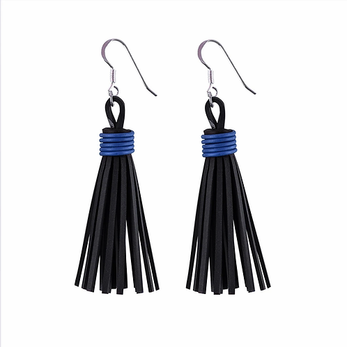 Asante recycled inner tube earrings with electrical wire