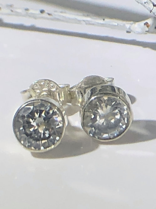 FAke diamond rubover setting silver stud