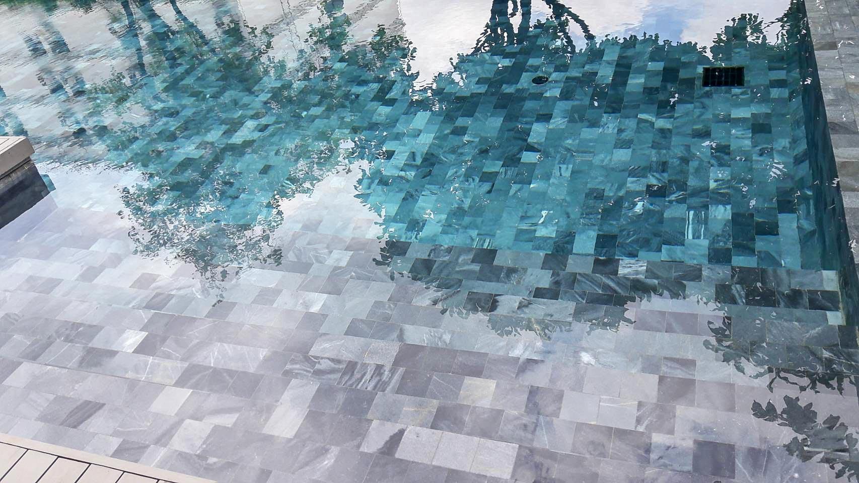 Crystal Blue2