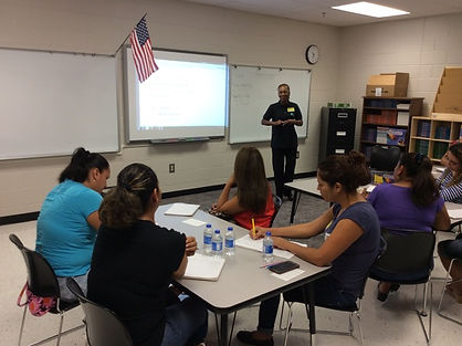 Dr. Marilyn conduting a free ESOL class for immigrant women new to the USA, Austell, Georgia, 2015.