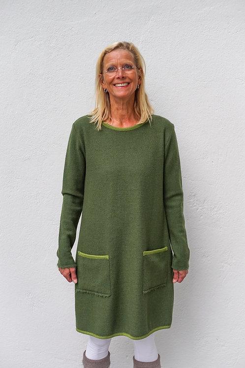 Kleid in H-Form