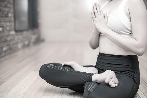 yoga-3053488_1920_edited.jpg