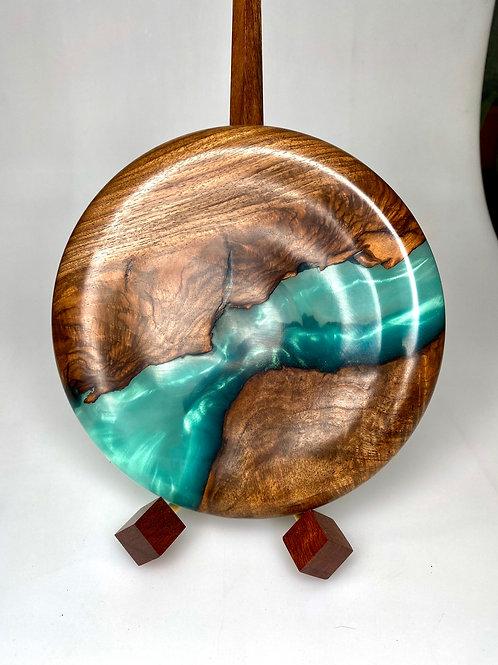 Деревянная чаша Орех +смола