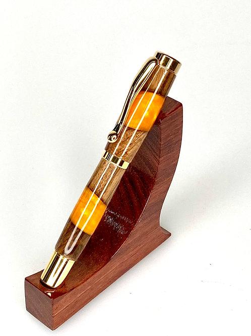 Шариковая ручка Орех и смола