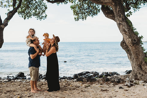 hawaii kukio family photos -4.jpg