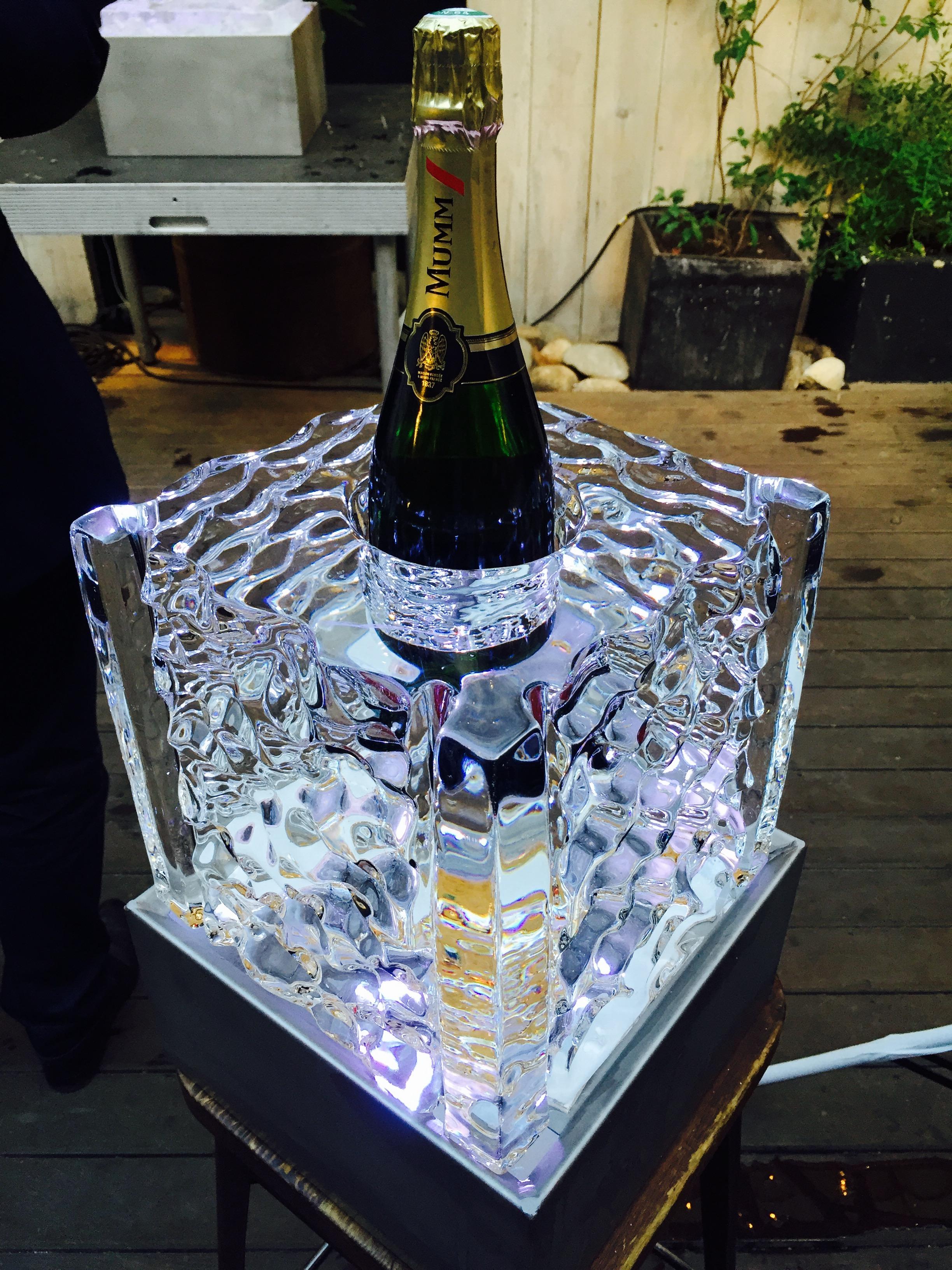 Centre de table en glace, sculpture sur glace