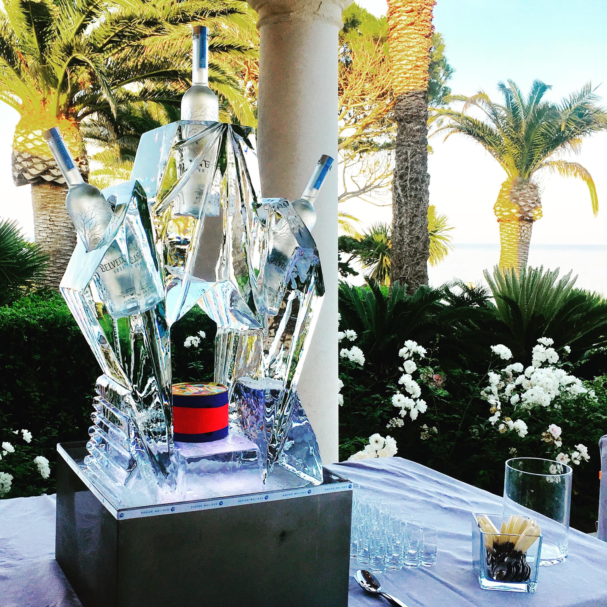 Présentoir à Caviar/Vodka en Glace