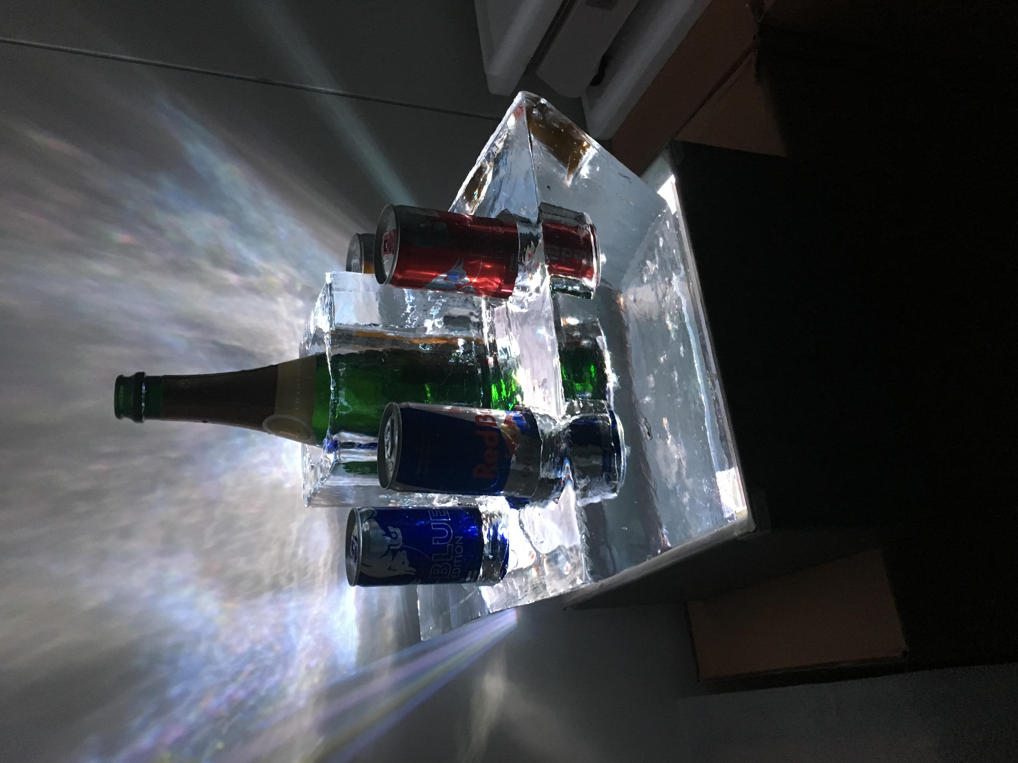 Arts de la table, sculpture sur glace