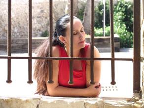 איך להיפטר ממחשבות שליליות בדקות ספורות