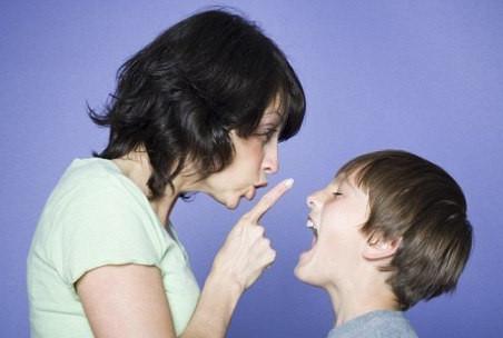 איך לנהל תקשורת משפיעה ויעילה עם ילדכם