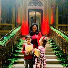 Giovanna con sus hijos: Oliver y Stella