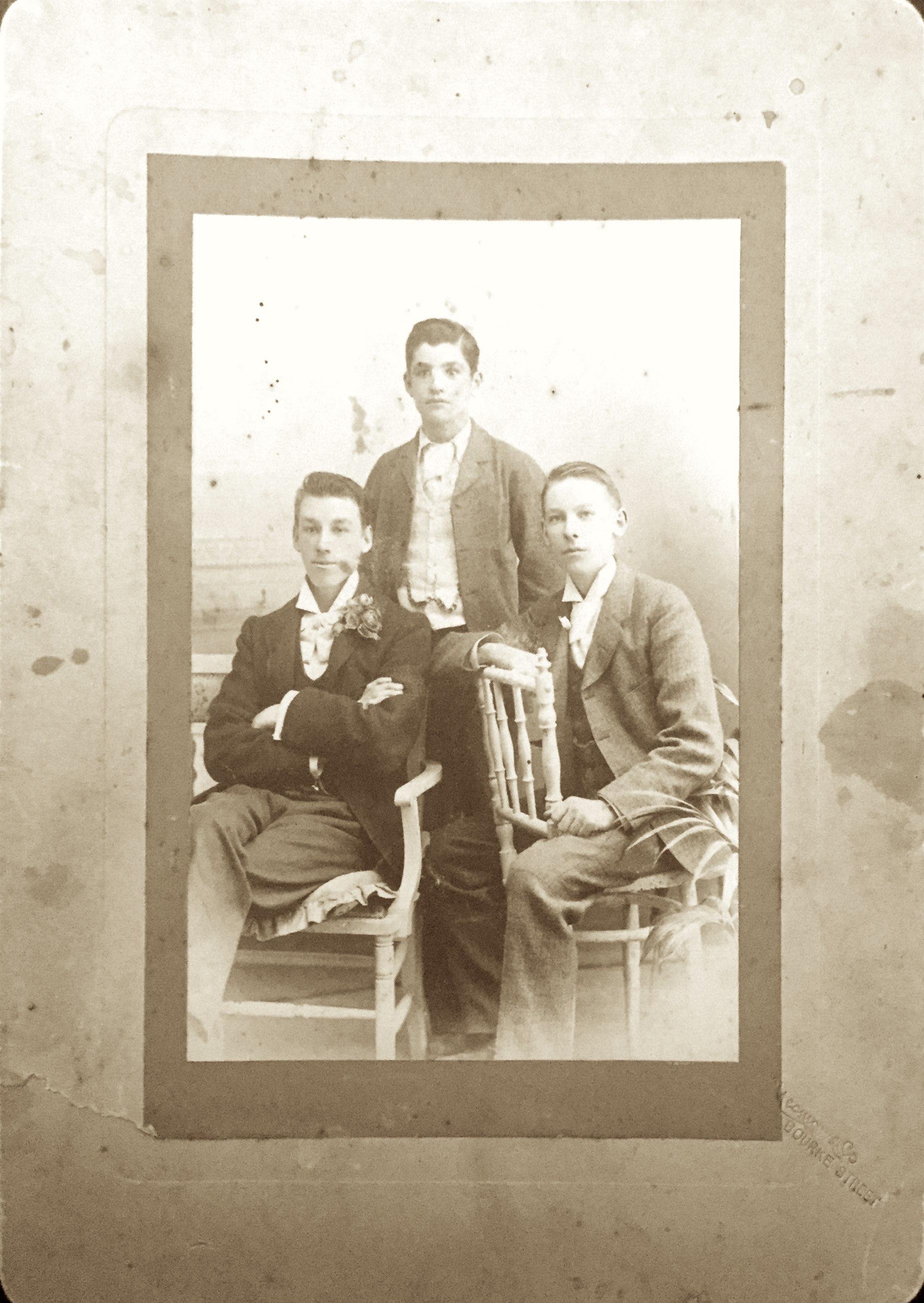 George, Leslie & Andrew BURNS