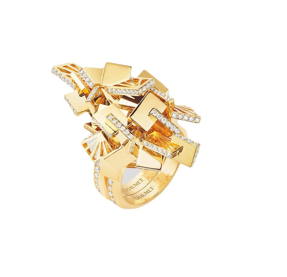 Bague graphique en or jaune et diamants - Chaumet