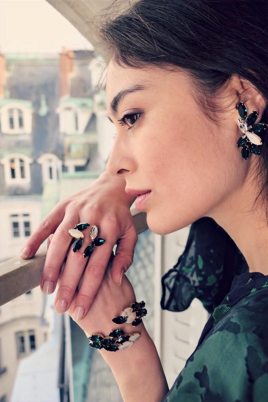 Bijoux en laiton créés par la marque de bijoux parisienne Tania Zerdok