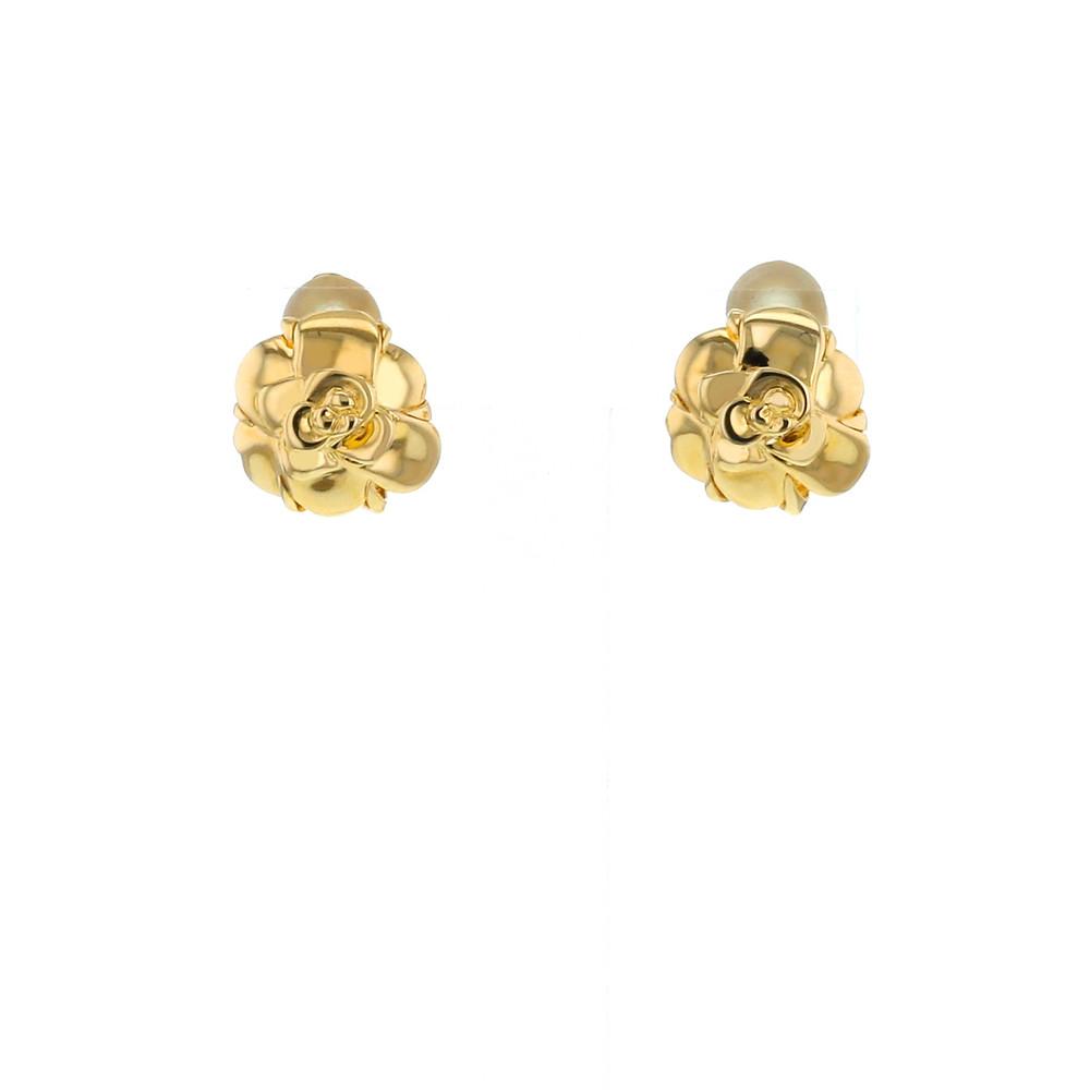 Boucles d'oreilles à clip Camélia de CHANEL en or jaune