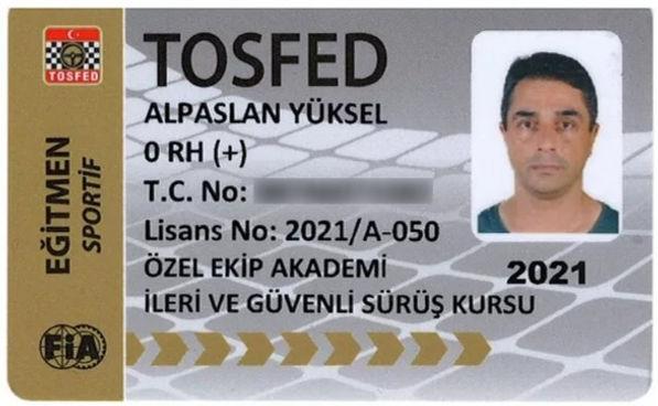alparslan yücel_edited.jpg