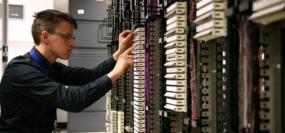 bigstock-Telecommunications-Engineer-620