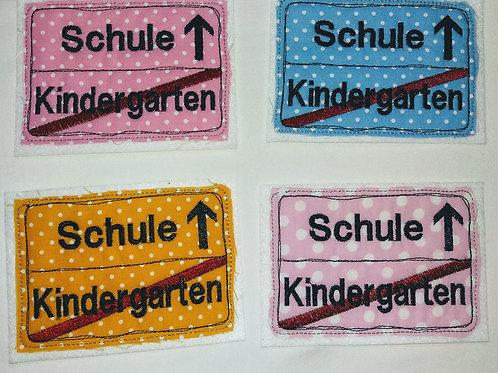Kindergarten ist Geschichte - ab in die Schule Applikation Aufnäher Schulkind