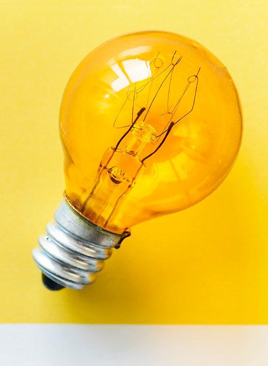 bulb-card-close-up-1579060.jpg