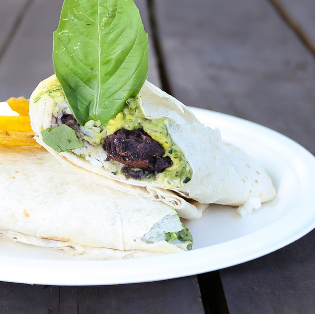 Aguacate Juice Bar-Burrito Black beansba
