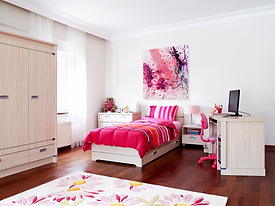 pink_bedroom_573_Abstract_on_White_Glanc
