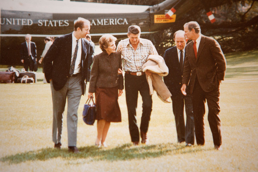 Mrs. Reagan, President Reagan, Michael Deever, James Baker