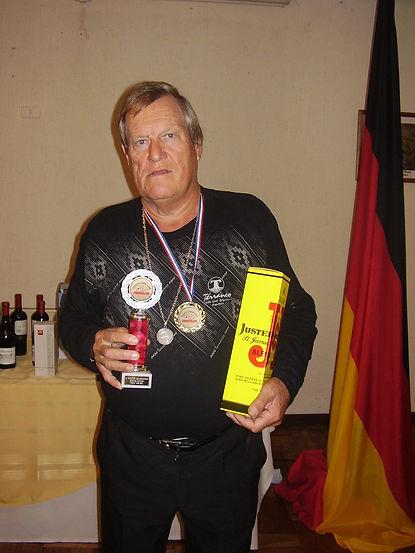 Mejor Senior  Hans Reist - Brasil.JPG