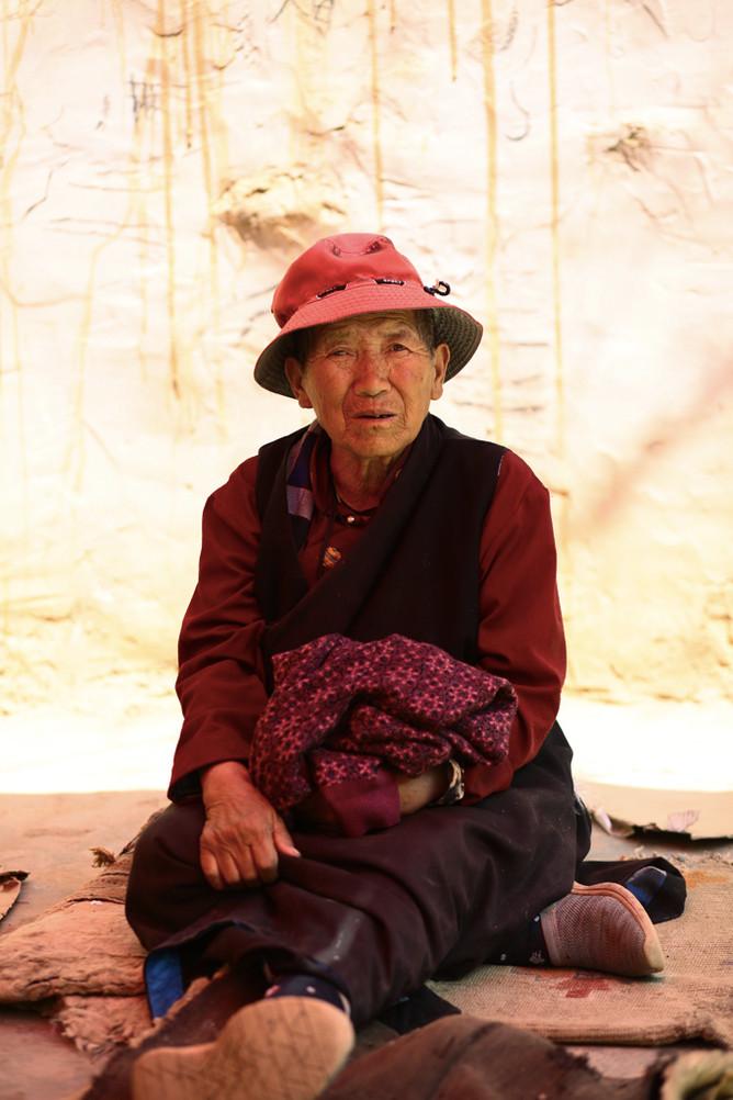 Sun Seeking - Tibetan-Style