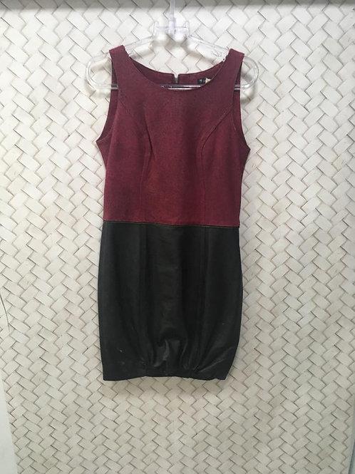 Vestido Couro e Red Preto LE LIS BLANC